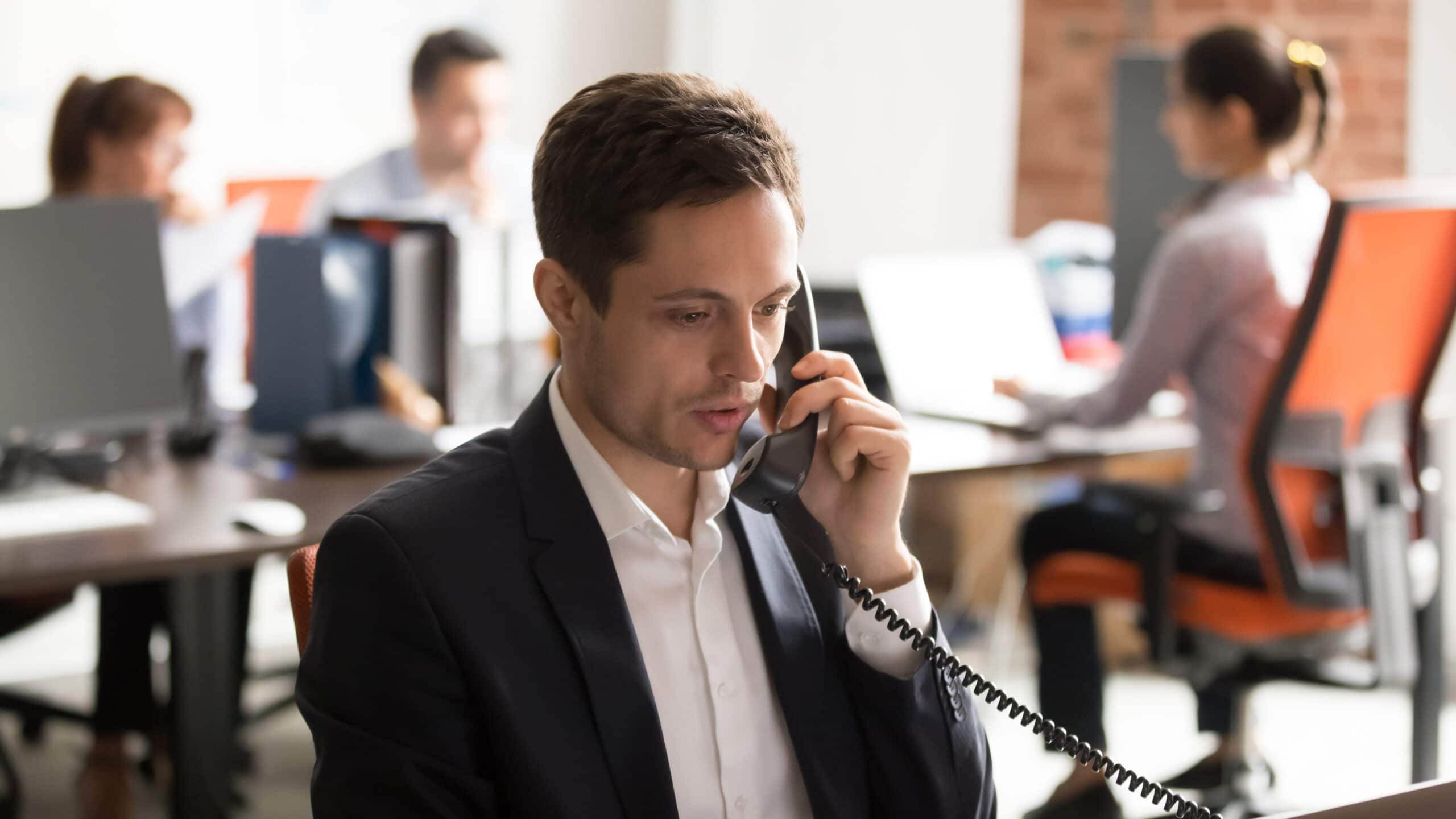 1st line customer support (landline)